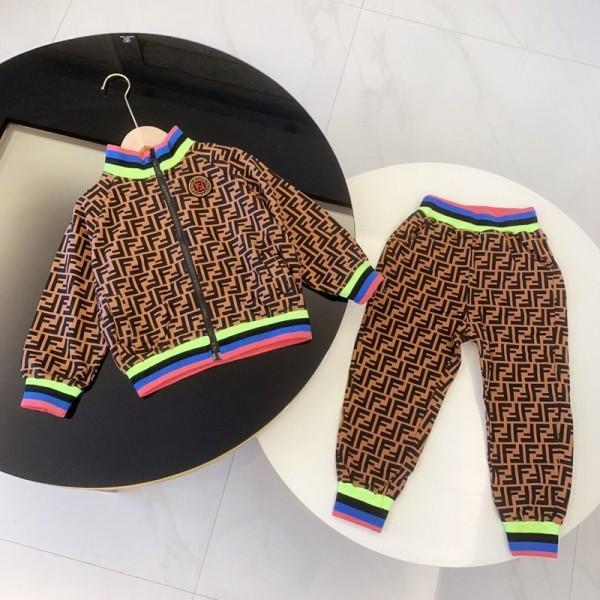 フェンディ 大人気 パーカー スーツズ ボン付き スウェット  最新新品 オシャレ FENDI スウェット 子供服 ズッカ柄  キッズ ペア 揃い ブランド