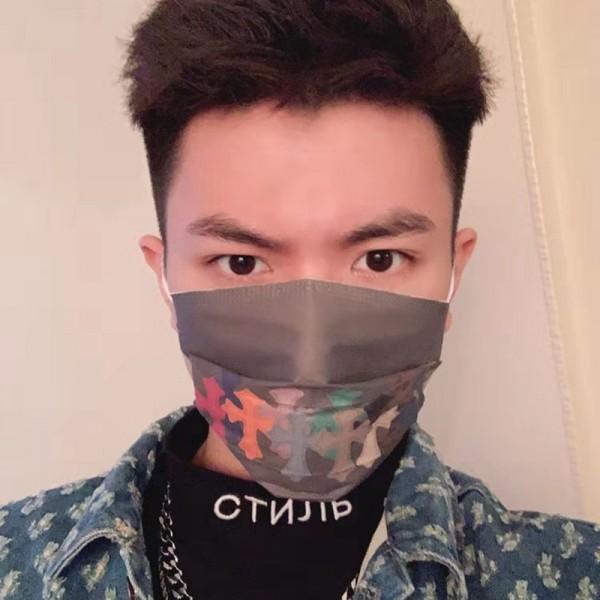 Dior/ディオール Off-White/オーフホワイト ブランドパロディマスク 使い捨てマスク不織布 大人 おしゃれマスク やわらかい ブランドコロナウィルス対策 激安マスク 使い切り