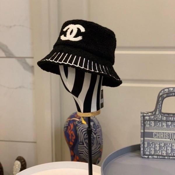 シャネル バーバリー 魚師の帽子 オシャレlogo付き 厚い 冬適用 暖かい 冬の帽子 カジュアル ファッション ブランド 女性向け バケットハット もこもこ 秋冬 韓国 減齢 帽子 潮 気質 百掛け
