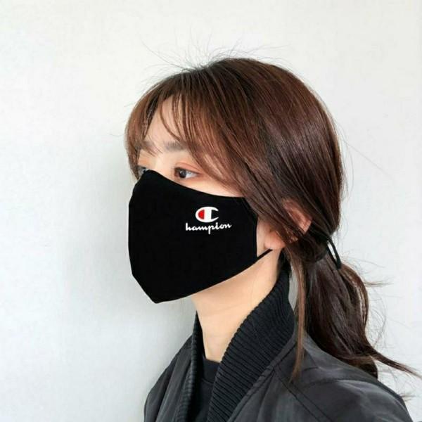 黒シンプルマスクシュプリーム チャンピオンプーマ ナイキなどブランドマスク激安送料無料ブランドパロディマスク 布製 大人 おしゃれ