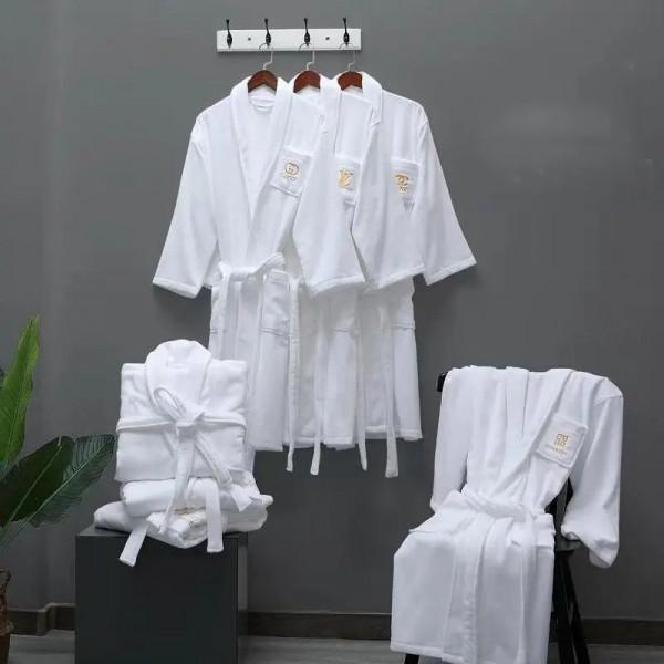 ルイヴィトンブランドバスローブホワイト快適 浴衣シャネルレディースメンズ純綿バスローブディオール エルメス ファッション吸水 速乾バスタオル