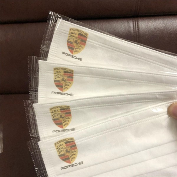 Porscheポルシェファッション不織布マスクブランド10枚入り個包装 衛生3層 不織布 使い捨てマスク大人サイズ在庫あり