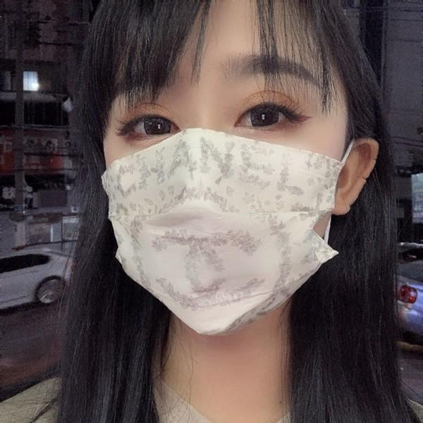 シャネルブランド不織布マスク10枚入りおしゃれ花柄3層柔らかい使い捨てマスク夏 日焼け止めウィルス対策マスク個包装 衛生 防護 大人サイズ
