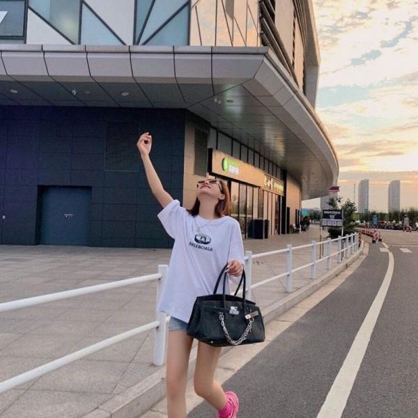 バレンシアガtシャツ春夏 薄いコットン トップスBalenciagaブランド レディースおしゃれT-shirtメンズゆったりTシャツ若者愛用