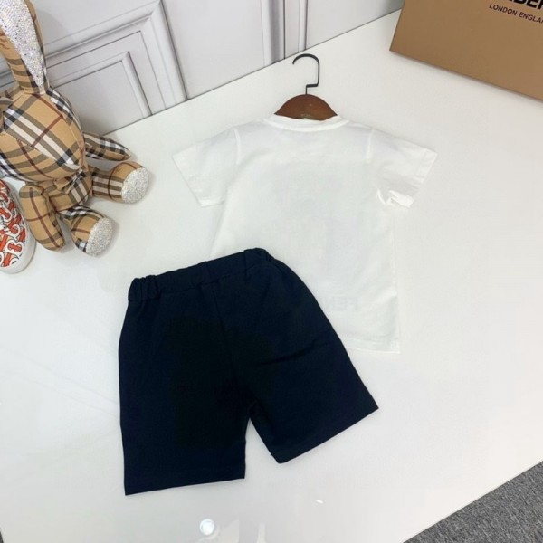 2021夏フェンディ子供服ブランド半袖tシャツハーフズボンスーツ子供の男女コットン製上下セットかわいいクマ柄プリントTシャツ