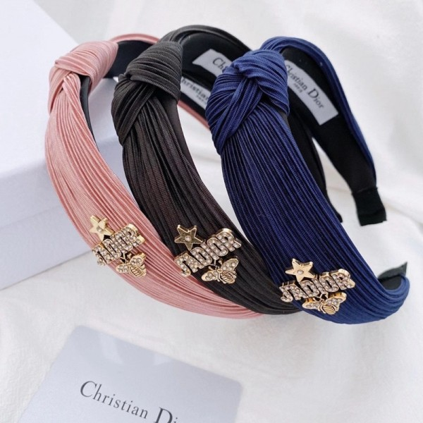 ディオールブランドカチューシャおしゃれDior金具ロゴ付きヘアバンドレディース向けファッションヘアアクセサリーブランド韓国風カチューシャ
