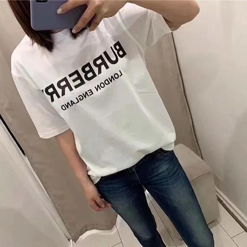Tシャツ単色 カップルの服トレンド カジュアル