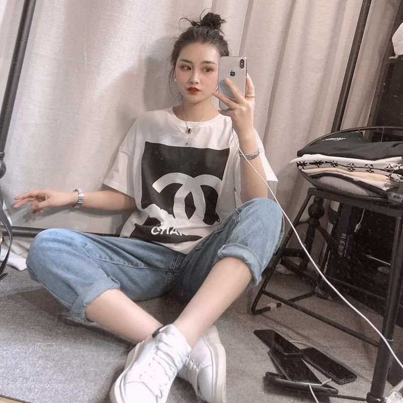 女性ファッションCHANEL T-shirt 黒 白 普段着 大きいサイズ 送料無料