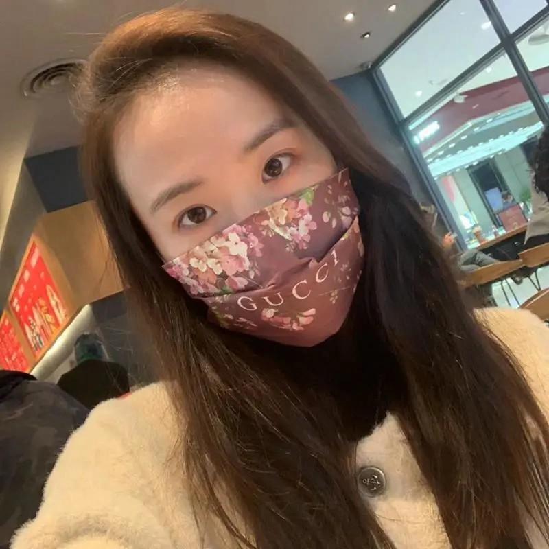 gucci 小顔 高級ブランドマスクファッション サージカルマスク