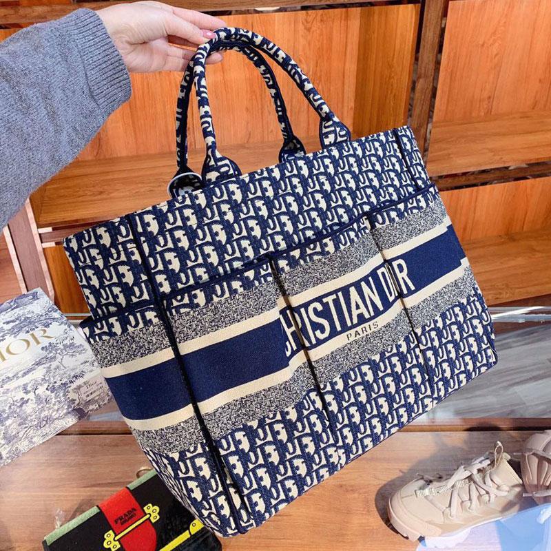 Dior経典ロゴカバンシンプルでスタイリッシュバッグ